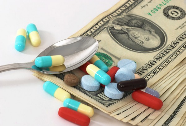 Who Profits from YOUR Opiate Addiction Given to you by your doctor!
