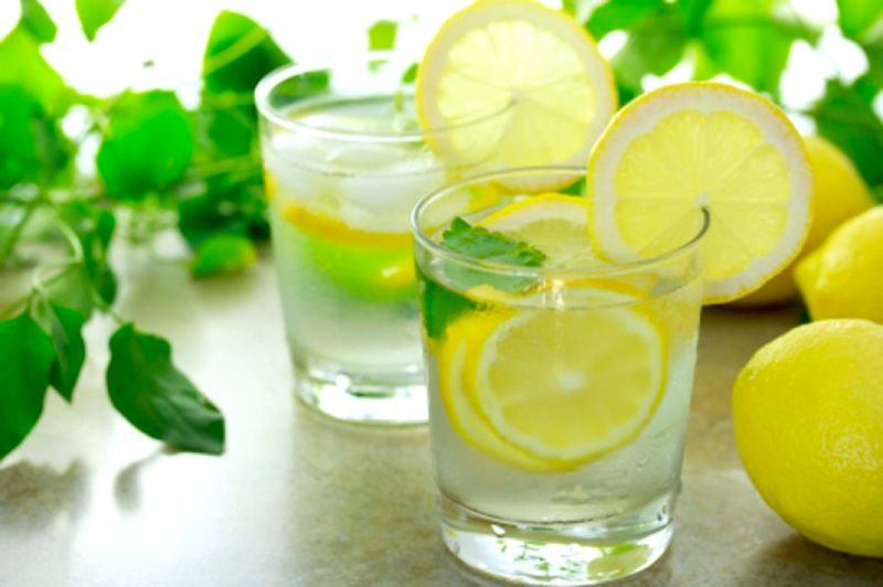 What's All The Hype About Lemon Water?  Is It Good or Bad?
