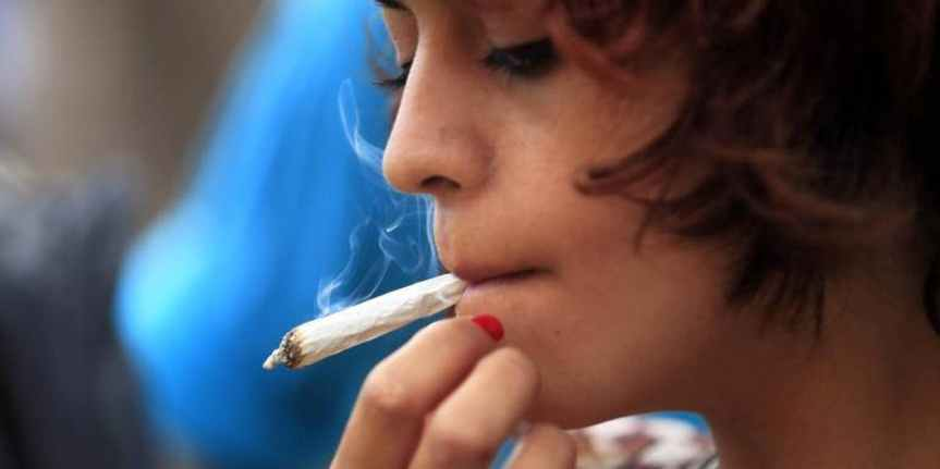 Teen pot smoking raises risk of depression in adulthood, studyfinds