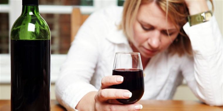 woman-drink-alcohol-bottle-wine-today-main-180905_64d0d90ff7141e63b84910ead48f6404.fit-760w