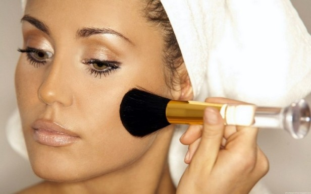 makeup-guide-for-monsoon